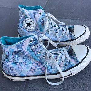 CONVERSE chuck Taylor HIGH TOP LACE UP sneakers 9